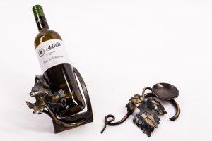 Weinflaschenhalter und Kerzenständer